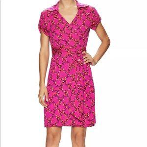 Diane von furstenberg size 2 wrap dress